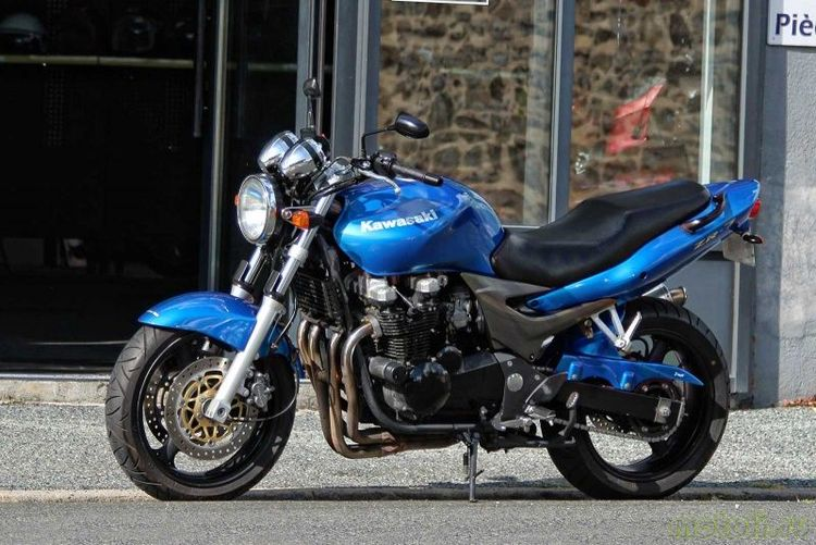 Мотоцикл Kawasaki ZR-7