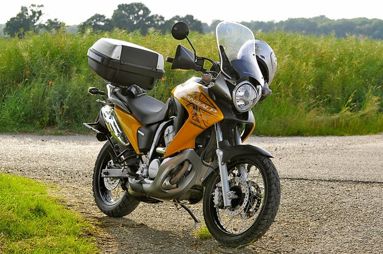 Мотоцикл Honda XL 700 V Transalp - последний из легендарной серии