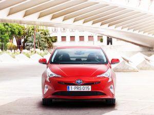 Обновленная Toyota Prius 2016 года фото видео обзор