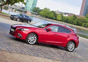 Новая Mazda 3 Хетчбэк, Седан 2016 года фото видео обзор