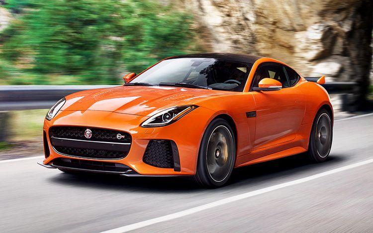 Актуализированный Jaguar F-Type SVR купе видео