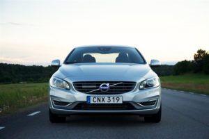 Обновленный Volvo S60 седан видео обзор