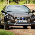 Универсал Volvo V60 Cross Country обзор