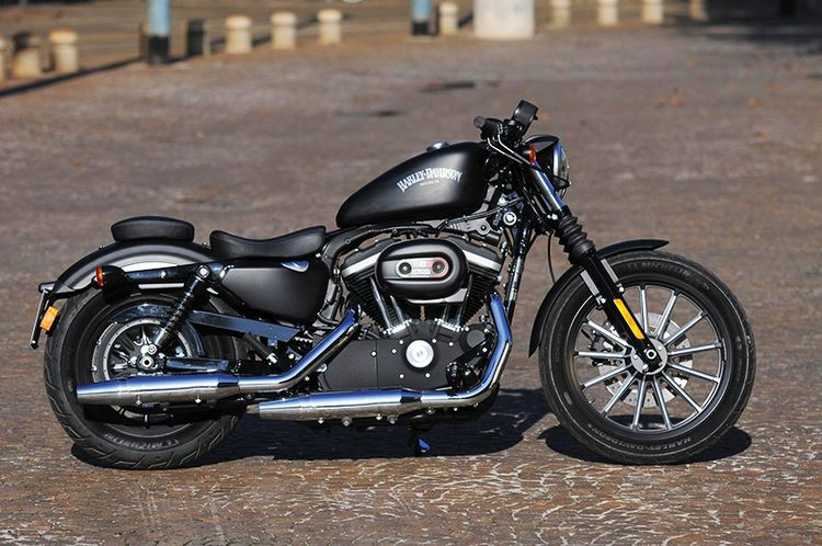 Обновленный Harley-Davidson Iron 883 фото обзор