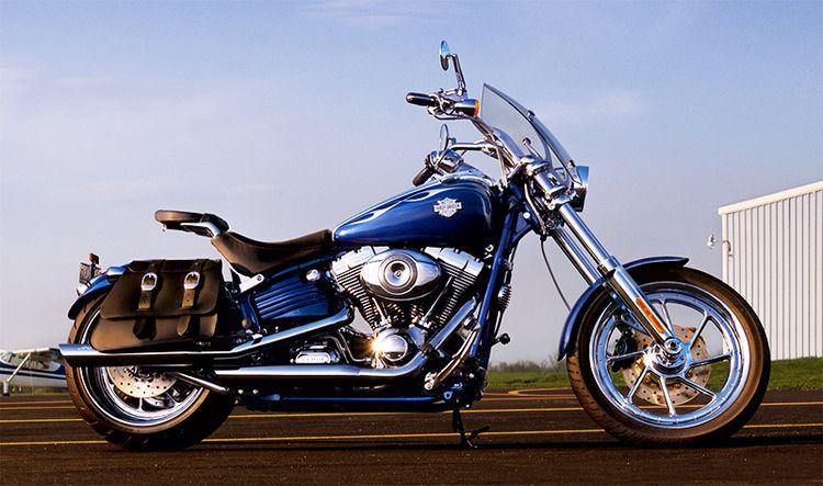 Harley-Davidson Rocker, в стильном облике, (6 фото)