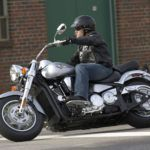 Мотоцикл Kawasaki VN 2000 Vulcan - стильный, мощный, комфортный мотоцикл