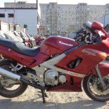 Обзор Kawasaki ZZR 400 — спортивно-туристический мотоцикл