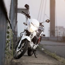 Мотоцикл Honda CB 125 — типичный байк для городской среды