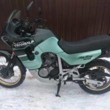 Мотоцикл Honda XL 600 V Transalp — один из лучших представителей туристических эндуро