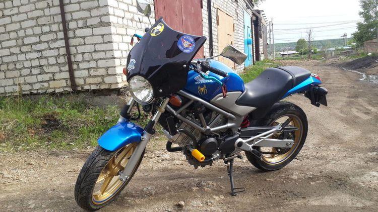 Мотоцикл Honda VTR 250