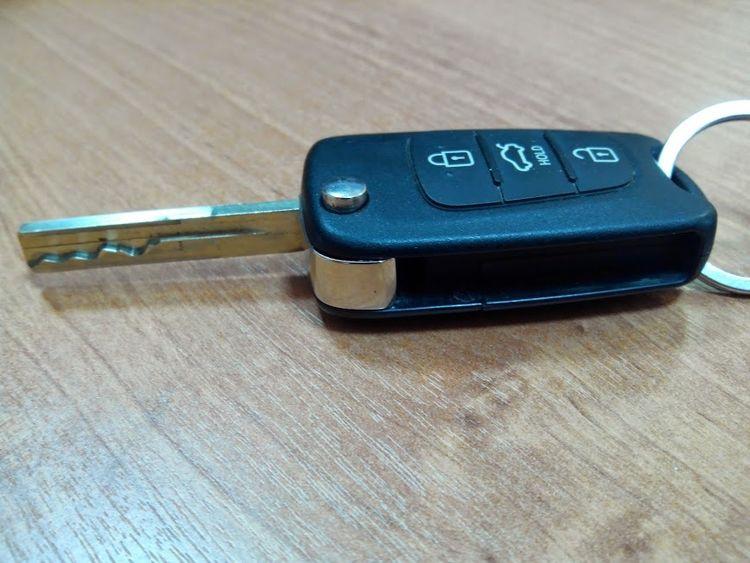 Как открыть Киа Рио без ключа?