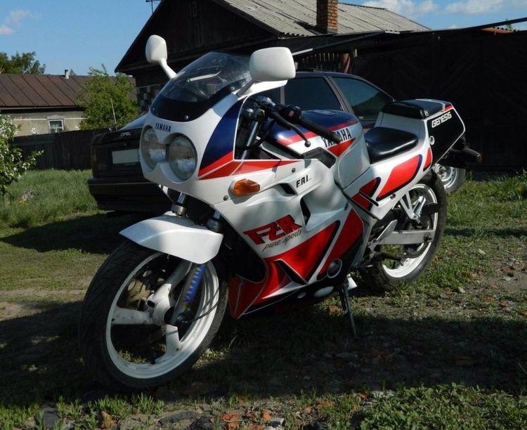 Мотоцикл Yamaha FZR 250