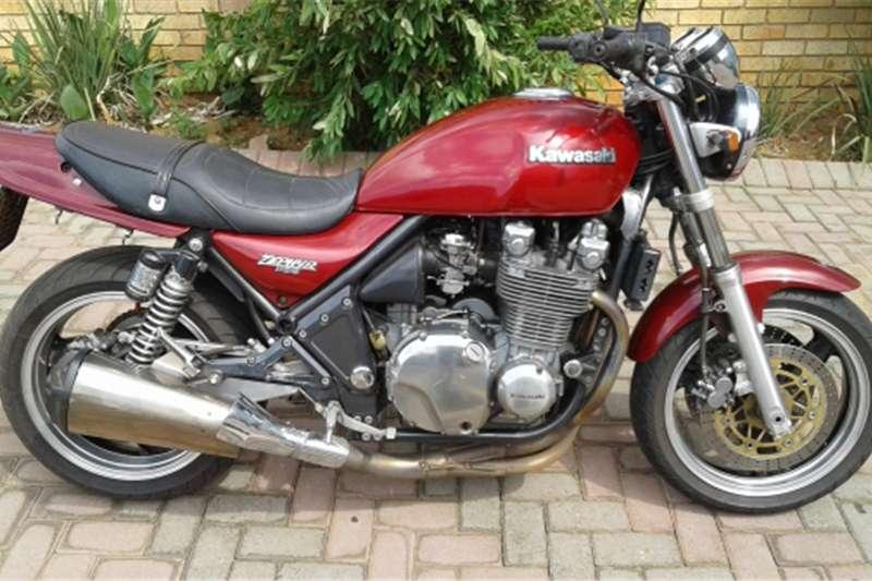 Kawasaki Zephyr 1100, умеренный во всех смыслах байк