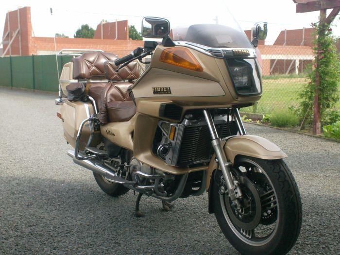 Yamaha Venture Royale (XVZ12/XVZ13) - это габаритный и удобный люкс-турер