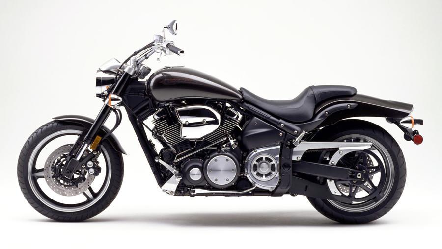 Картинки по запросу Yamaha XV 1700 Road Star