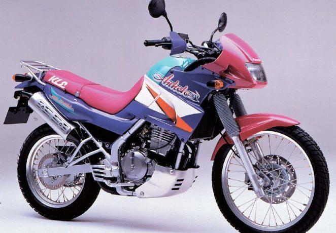 Kawasaki KLE 250 Anhelo - Это туристический эндуро