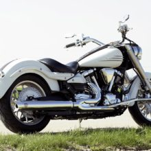 Yamaha XV 1900 Midnight Star — это крупный круизер