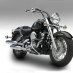 Yamaha XVS 1300 Midnight Star (V-Star 1300) — типичный круизер начала столетия